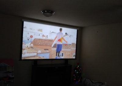kids-theater-room-projector-on